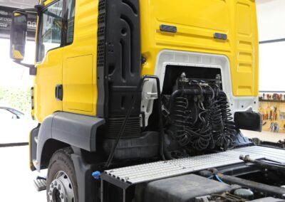 oklejanie samochodów ciężarowych